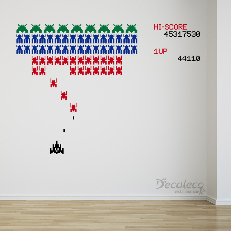Retro Galaga Like Arcade Game With Space Invaders